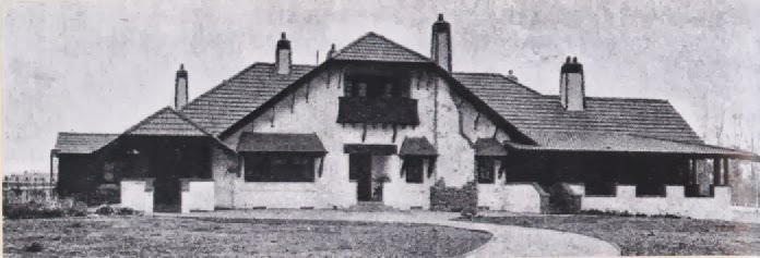 Toms House, 333 Portrush Road, Toorak Gardens,  an Arts and Craft Bungalow