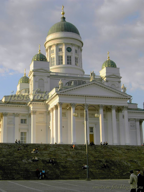 Храмы Хельсинки достопримечательности - Николаевский Кафедральный Собор