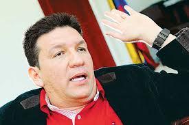 "ENTREVISTA A EDWAR COBOS TELLÉZ, ALIAS ""DIEGO VECINO"". Comandante del desmovilizado Bloque Montes de María"