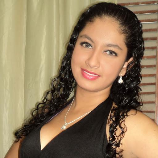 Lucia Lopez