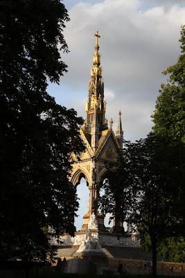 伦敦海德公园阿尔伯特纪念馆