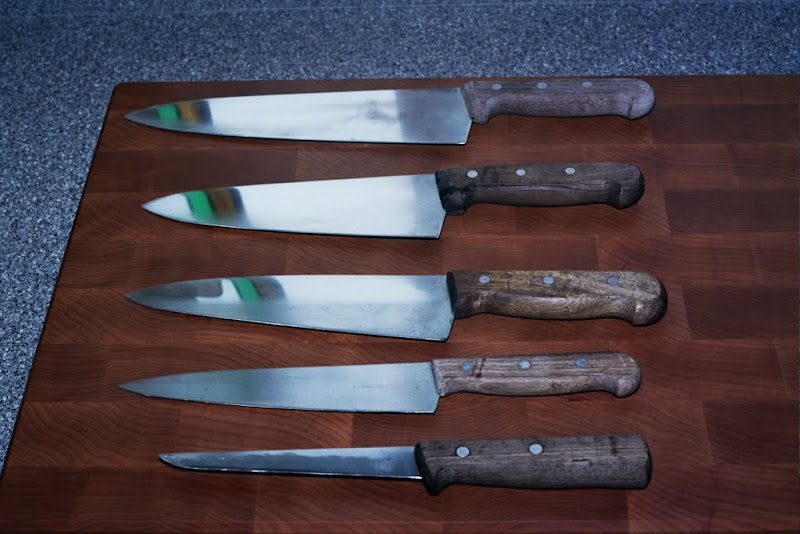 Kitchen knives and cookware 10A_0012