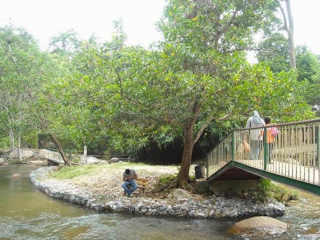 Pulau-Chekas