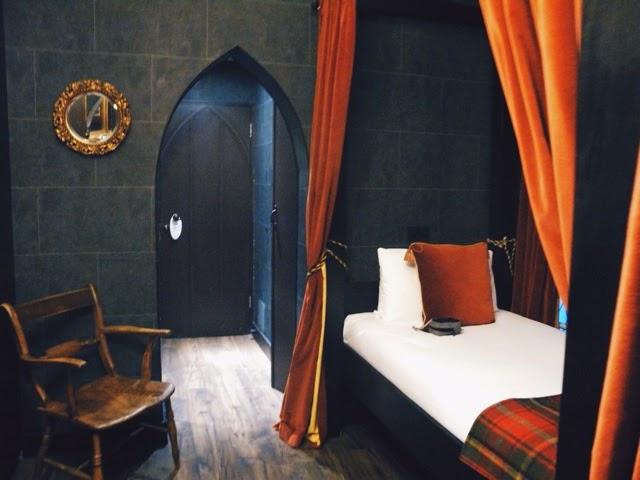 Wizard Chamber, Georgian Hotel