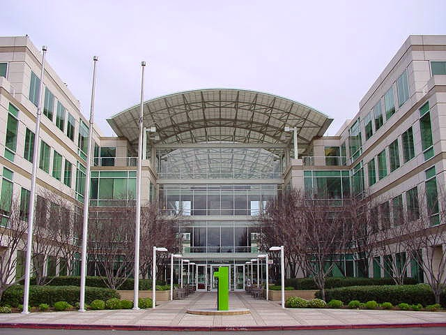 Silicon Valley, Apple, 1 Infinite Loop
