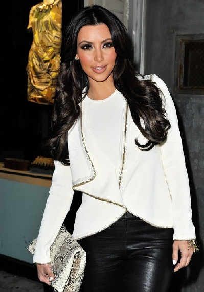 KIM KARDASHIAN AT AVRIL LAVIGNES NEW ALBUM MUSIC RELEASE PARTY IN NEW YORK