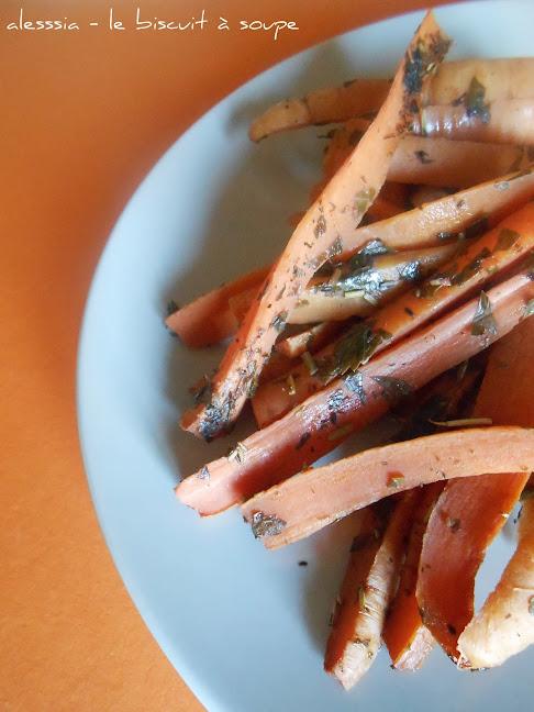 Bastoncini di carote all'agro