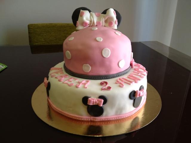 tarta minie mouse fondant dos pisos lazo orejas sugardreams gandia