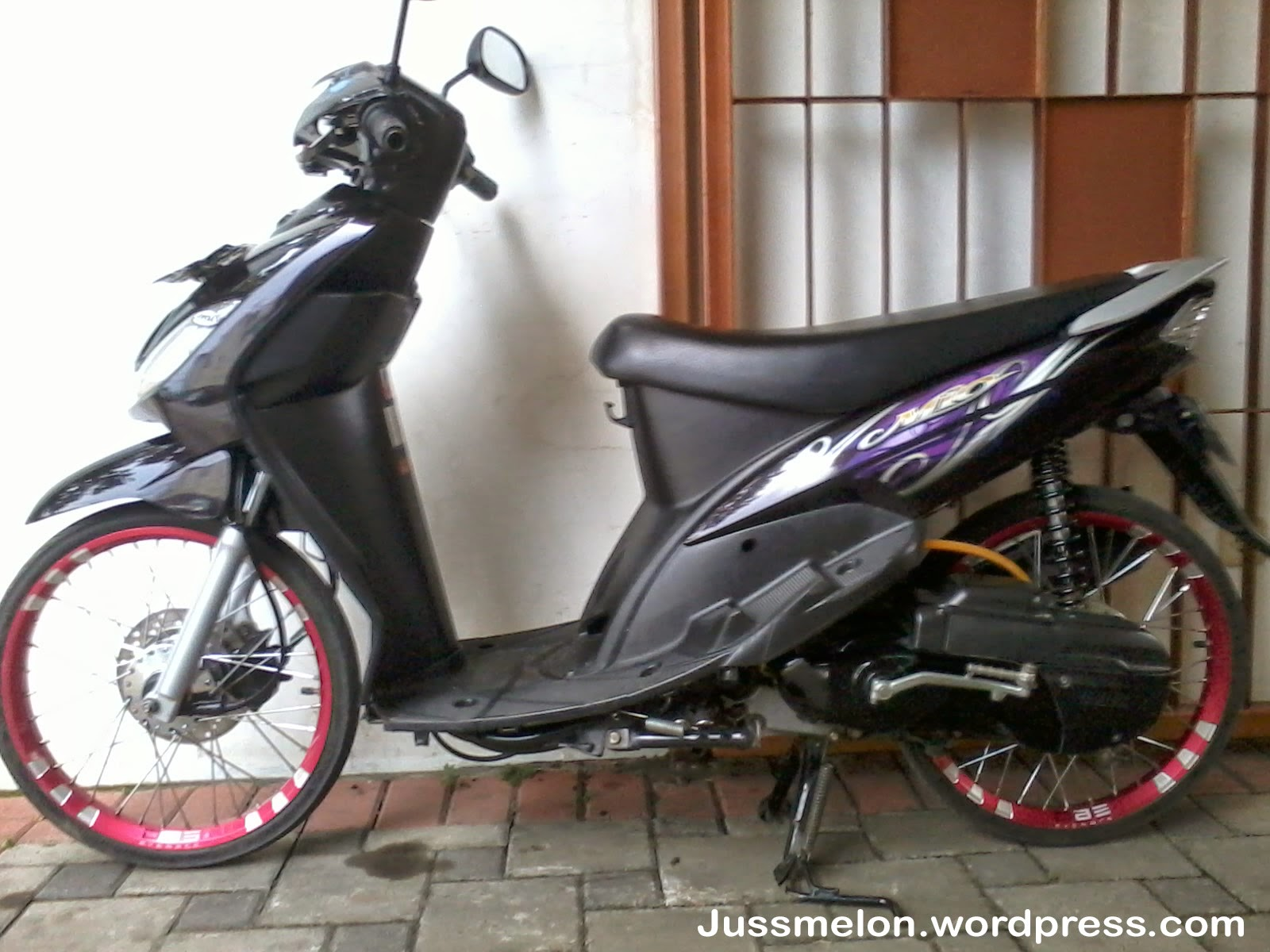 ide modifikasi mio sporty hitam