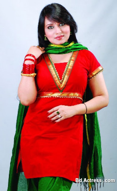 Bangladeshi Model Actress and Director Sumi
