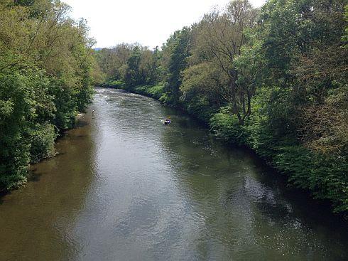 Blick von einer Brücke auf die Lenne bei Hohenlimburg