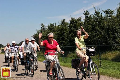 fietsvierdaagse Venray door overloon 24-07-2012 (6).JPG