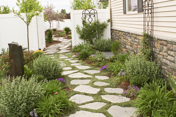 Vw garden backyard landscaping as good as it gets spring for Good landscaping