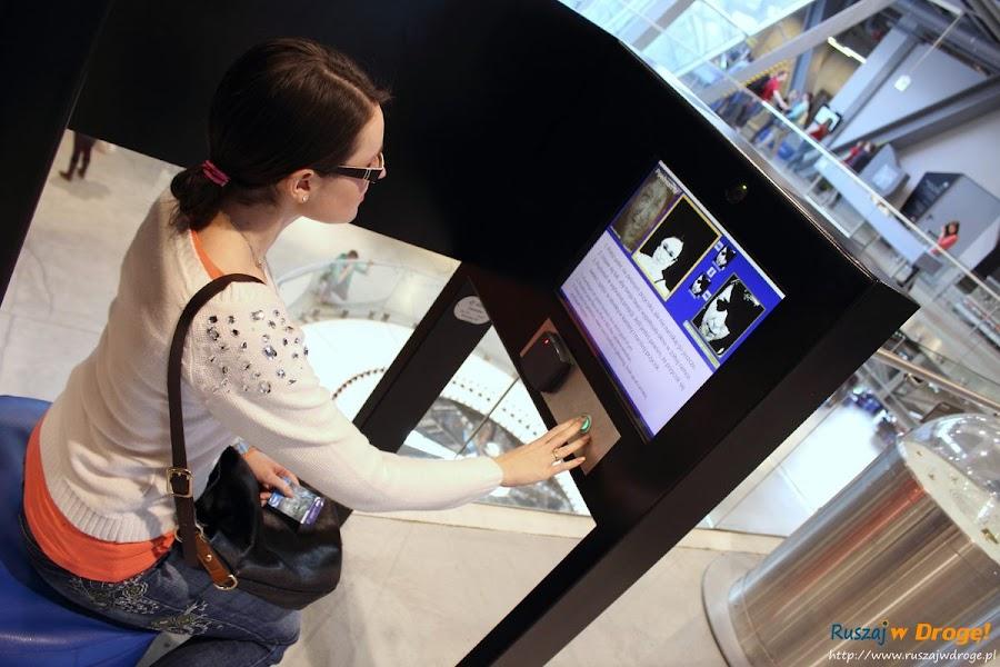 multimedialne eksponaty w centrum nauki kopernik