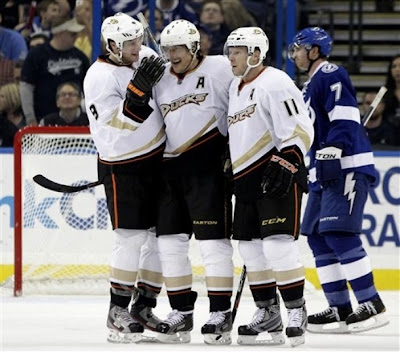 lightning_feb21_ducks3.jpg
