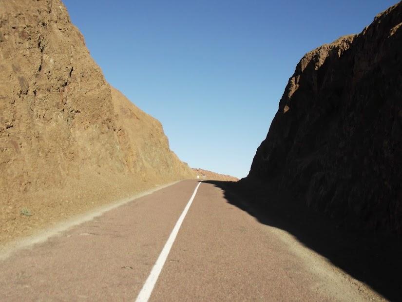 Marrocos e Mauritãnia a Queimar Pneu e Gasolina - Página 12 DSCF1381