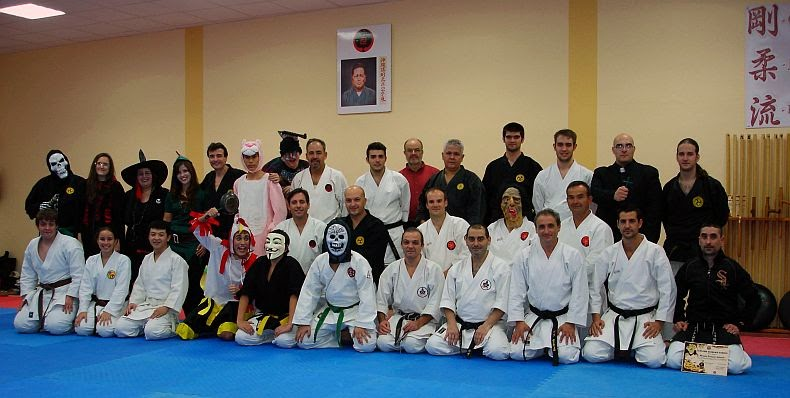 Entrenamiento Okinawa Kobudo Halloween 2013