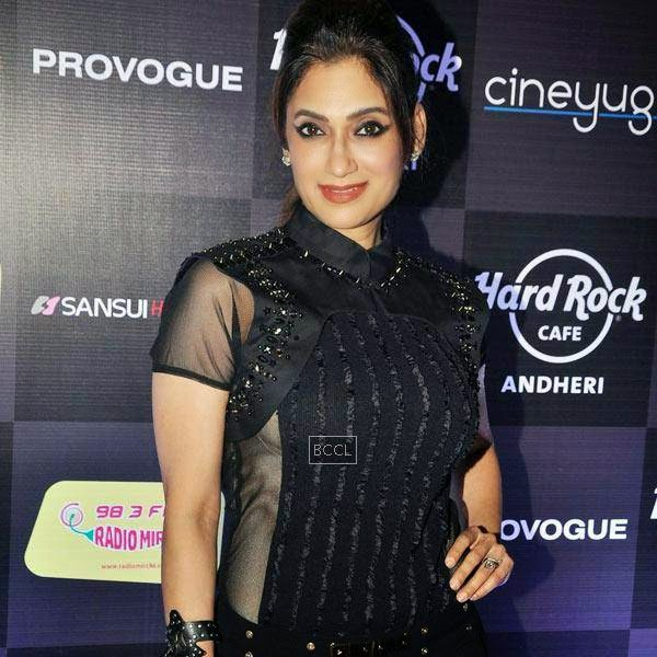 Lucky Morani sizzles in black at Ankit Tiwari's live concert, held at Hard Rock Cafe, on July 11, 2014.(Pic: Viral Bhayani)