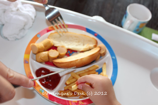 Hot Dog Bun with Chips
