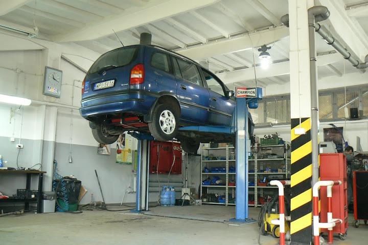 Kampania serwisowa pojazdów wymaga ścisłej współpracy między właścicielem pojazdu a ASO
