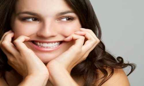 Mujeres de excelente humor Sintomas de que le gustas