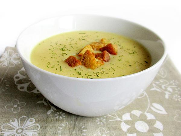 Cream of garlic soup tinascookings.blogspot.com