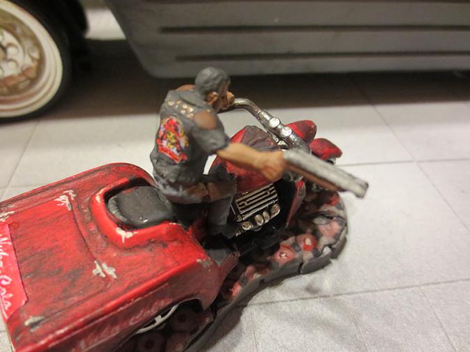 2015-09-14-reaper-80009-rex-bike-back.pn