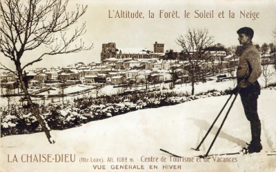 postcard of La Chaise-Dieu, the skier