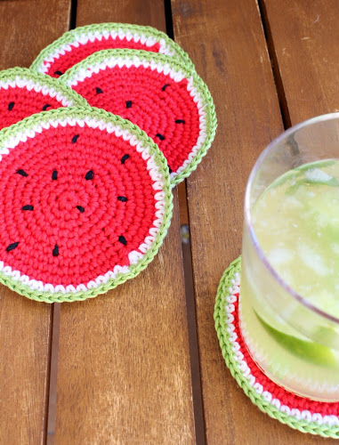 Not 2 late to craft: Posagots de ganxet i sorteig per les 10.000 visites / Crochet coasters and 10.000 visits giveaway
