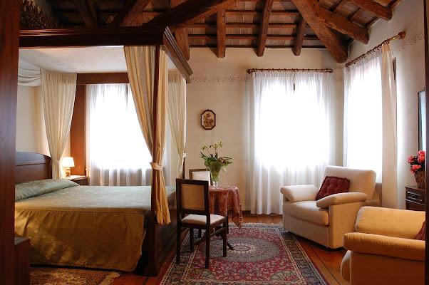 Hotel Locanda Stella D'oro, Via Vittorio Emanuele, 38, 31055 Quinto di Treviso TV, Italy