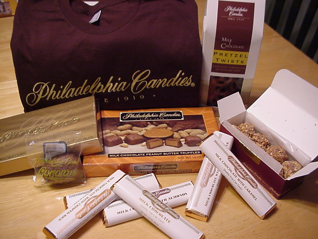 COUNTRY WHISPERS: Philadelphia Candies