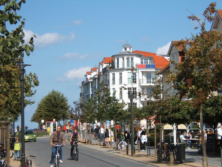 Ostseebad Kühlungsborn: Strandstraße