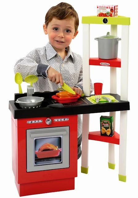 Đồ chơi Nhà bếp kiểu Pháp Toy Kitchen Set Ecoiffier 1737 được làm từ chất liệu nhựa cao cấp