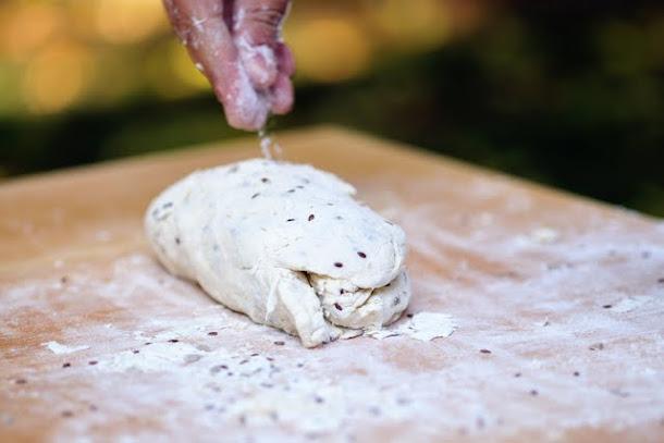 razvan anton paine coca faina