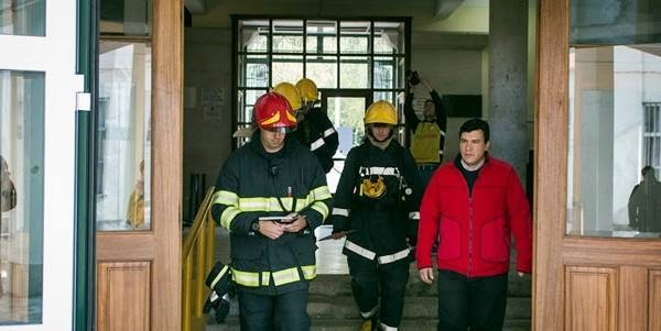 Simulacro de incêndio realizado na Escola Secundária de Latino Coelho
