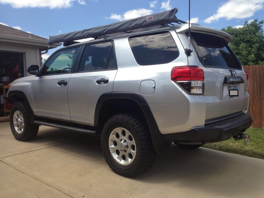 ARB 2500 Awning / Screen Room installed on 5th Gen 4Runner ...
