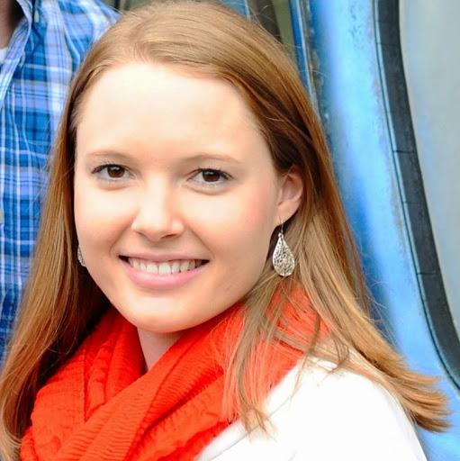 Chelsea Koch Photo 12
