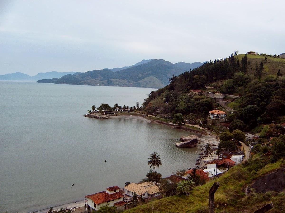 Die ersten Strände an der Küstenstraße 'Rio-Santos'