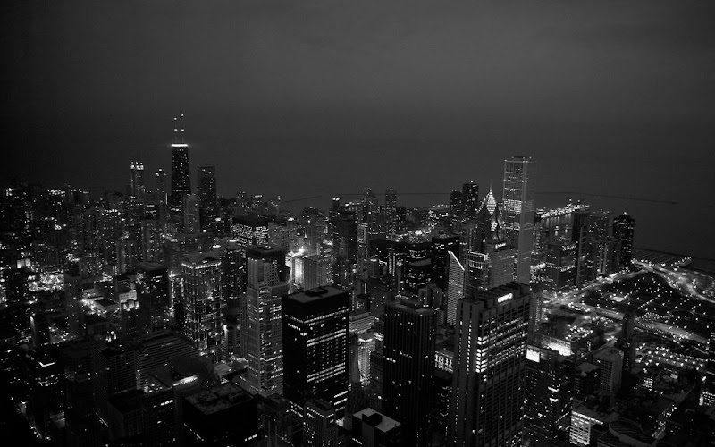 Chicago at Night by Paolo Parcellos Jnr.