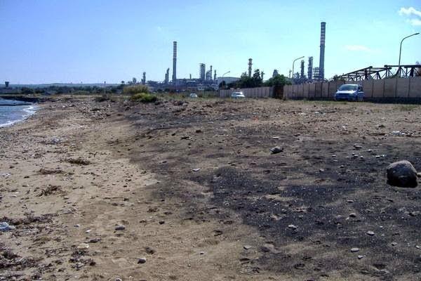 inquinamento rada dAugusta,marina di Melilli