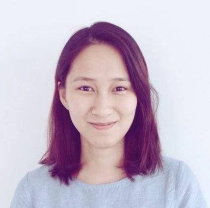 Linh Quach Photo 14