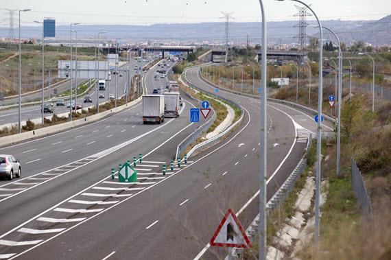 Abierta la vía de servicio de la A-2 tras las obras de acceso a Alcalá Norte-La Garena