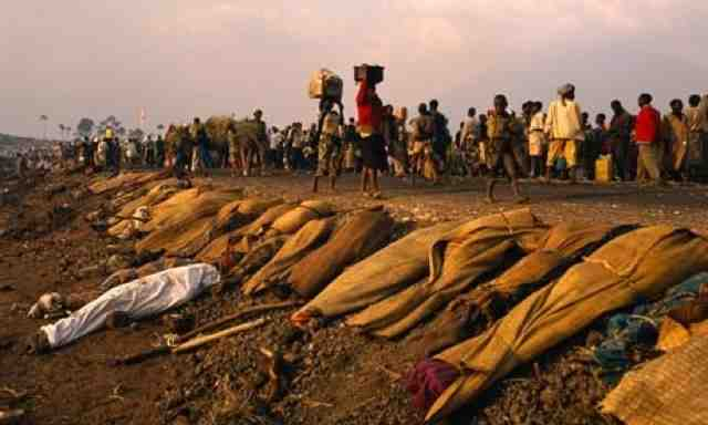 rwandan genocide rwandan genocide pictures warning photos are