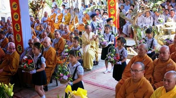 GĐPT tham dự húy kỵ Cố Hòa Thượng Ân Sư Thích Tâm Thanh
