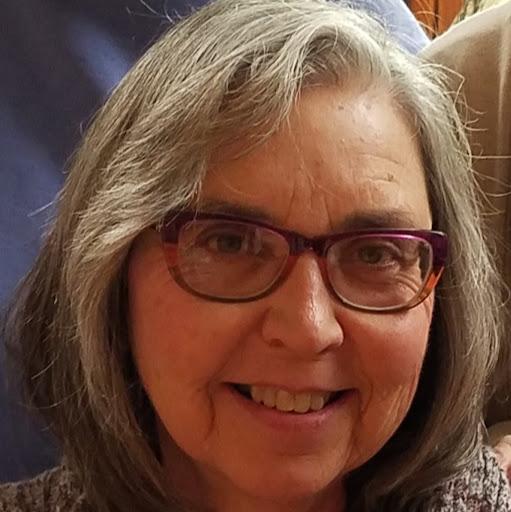 Linda Sanders Photo 37
