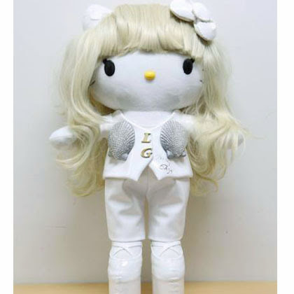 KUMPULAN GAMBAR BONEKA HELLO KITTY LADY GAGA LIMITED EDITION Hello Kitty Lucu