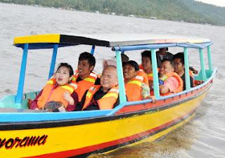 Perahu Wisata + Pelampung