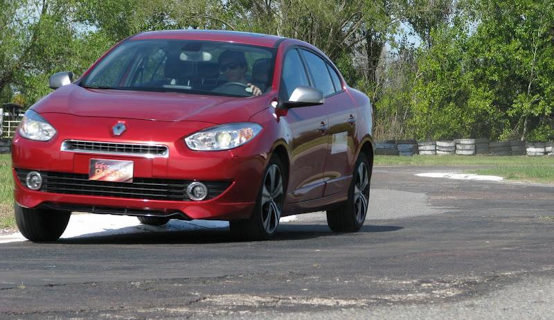 Renault%2520Fluence%2520GT%252812-03-2013%2529_2715.JPG