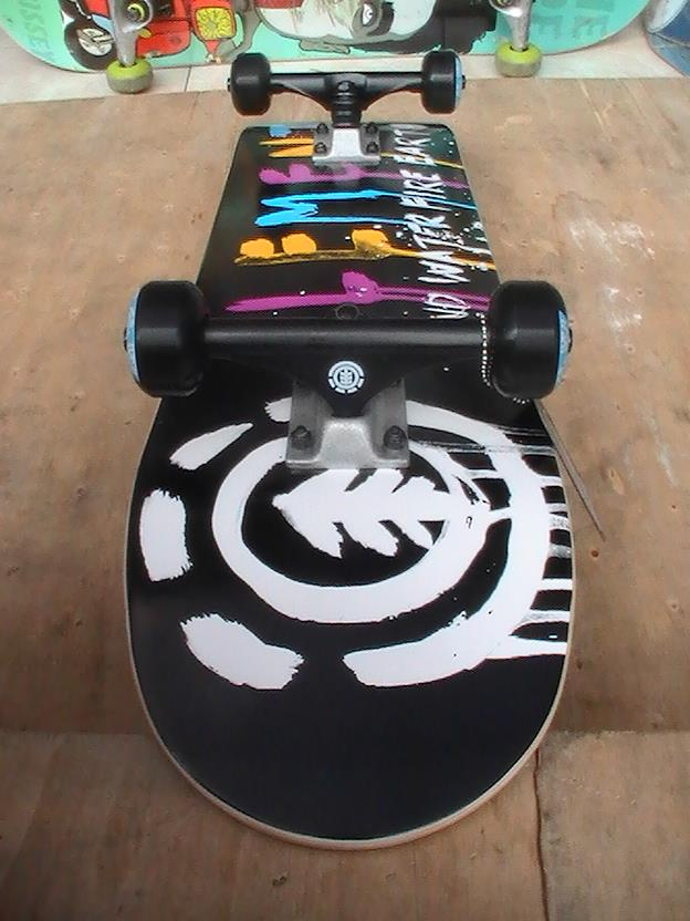 Terjual Skateboard Murah