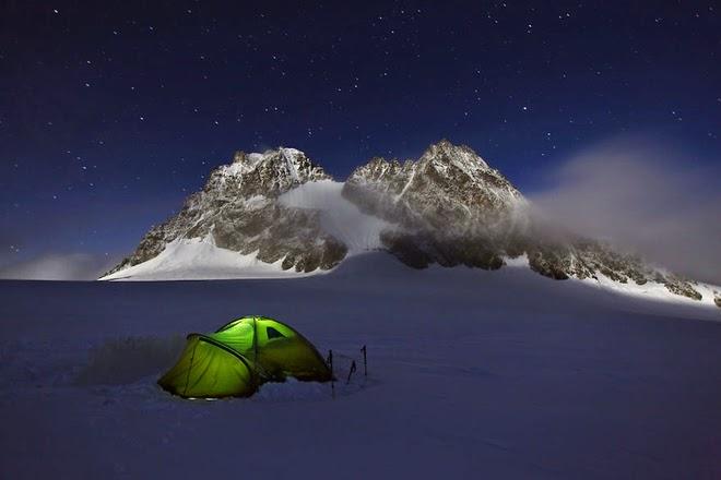 ngủ đêm trên núi phú sĩ